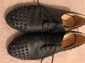 Buffalo Schuhe elegant mit Nieten