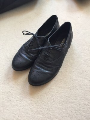 Buffalo Schuhe Größe 41