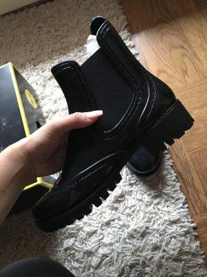 Buffalo Botas bajas negro
