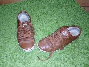 Buffalo Sneaker Größe 38