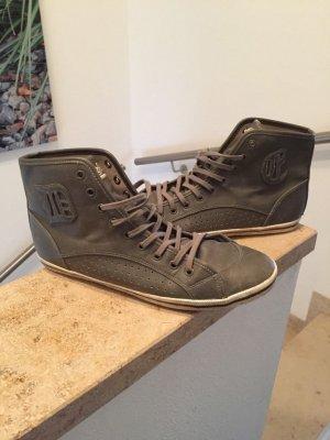 Buffalo Sneaker Größe 39