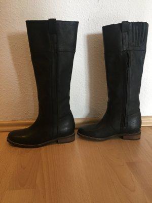 Buffalo Stiefel aus Leder