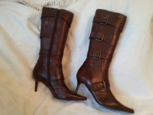 Buffalo Jackboots brown red leather