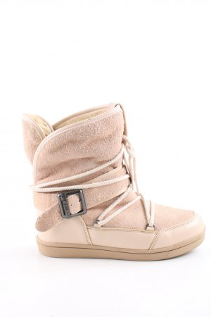 Buffalo Winter Boots nude casual look