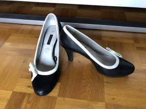 Bugatti High-Front Pumps black-white