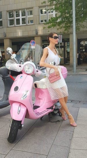 Bulgari Bvlgari oversize Sonnenbrille mit Elisia Motiv Np: 500€