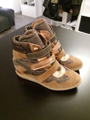 Bullboxer Sneaker/Wedges Gr.40 neu