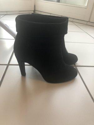 Bullboxer Slip-on Booties black