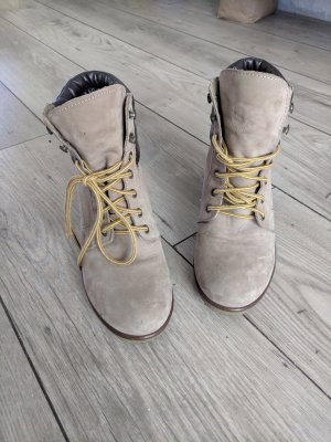 Bullboxer Wedges *Timberlandstyle* Fb. taupe, Gr. 41