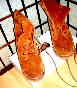 Bullboxer Wildleder Keilabsatz Boots