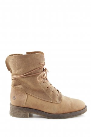 Bullboxer Winter Boots nude street-fashion look
