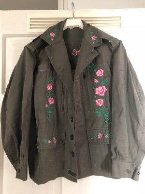 Chaqueta militar caqui-rosa