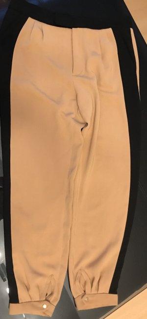 Bundfaltenhose im Hoggingstyle von Zara