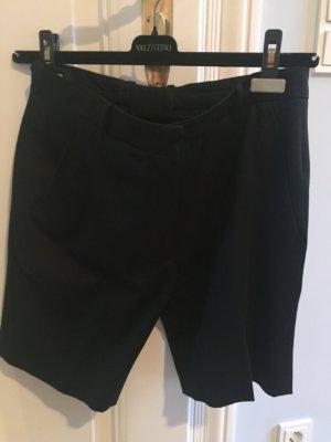 Bundfaltenhose- Shorts