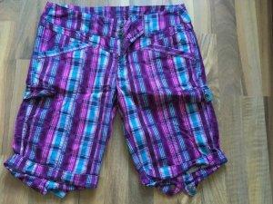 Bunt karierte Shorts für den Sommer !
