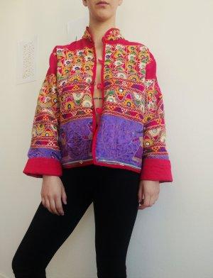 bunte bestickte Vintage-Jacke