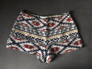 Bunte, gemusterte Shorts