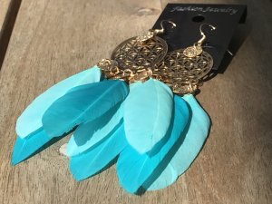 Dangle turquoise-gold-colored