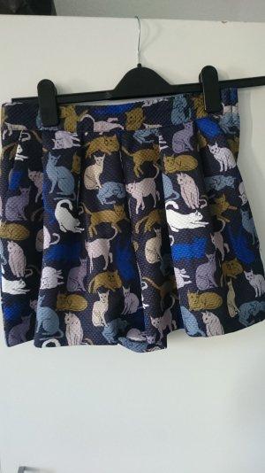 bunte Shorts mit Katzen H&M
