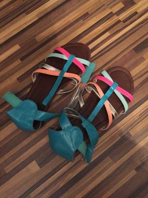 Bunte Sommer Schuhe von  HM