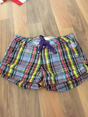 Bunte Sommer-Shorts von Zoo York