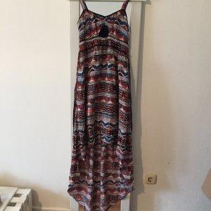 Buntes bohoo Kleid für den Sommer