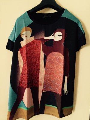 Buntes Shirt mit Frauen