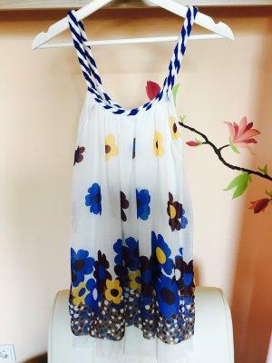 Buntes Sommerkleid mit Blumen