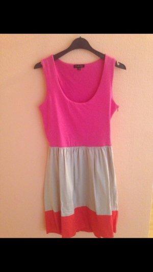 Buntes Sommerkleid von Massimo Dutti