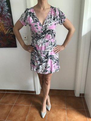 Buntes Wickel Kleid