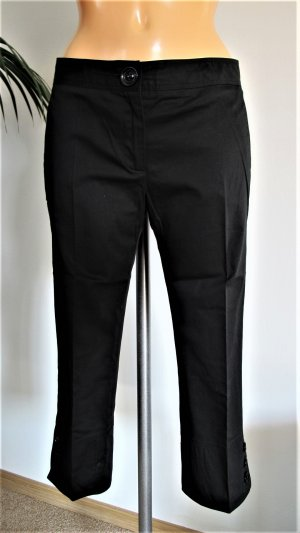 Burberry London 3/4 Length Trousers black