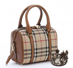 Burberry Bowling Bag light brown leather