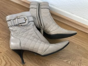 Burberry Ankle Boots beige