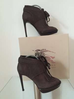 Burberry Booties dark brown