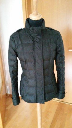 Burberry Brit Lightweight-Daunenjacke schwarz, neu