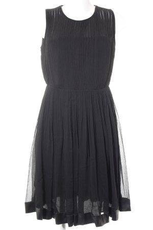 Burberry Vestido de cóctel negro elegante