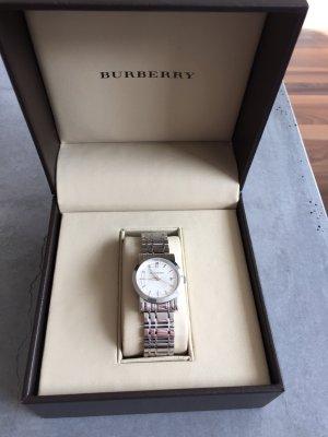 Burberry Horloge met metalen riempje zilver Metaal