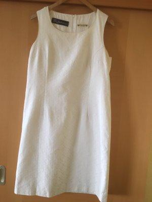 Burberry Sheath Dress natural white