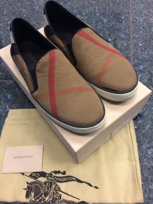 Burberry Gauden slip on Sneaker 39 bzw. 39,5