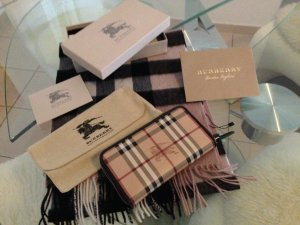 Burberry Geldboerse-XL-Format, Haymarket check, Neuwertig! OVP