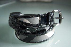 Burberry Gürtel L 107cm schwarz grau
