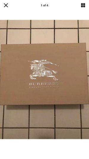 burberry stiefel g nstig kaufen second hand m dchenflohmarkt. Black Bedroom Furniture Sets. Home Design Ideas