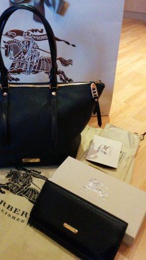 Burberry Handtasche & Geldbörse in schwarz aus Kalbsleder neu