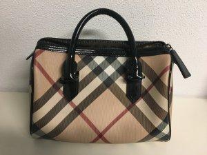 Burberry Handtasche klein mit Lack