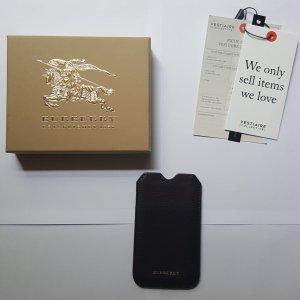Burberry Handyhülle Smartphone Case in dunkelbraun