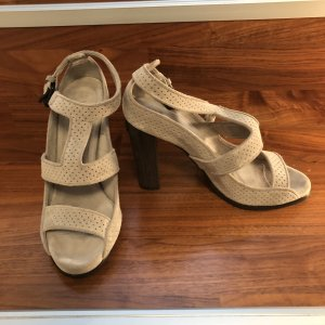 Burberry Strapped Sandals light grey