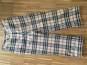 Burberry London 3/4 Length Trousers multicolored