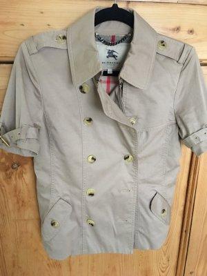 Burberry Jacke Trenchcoat Look