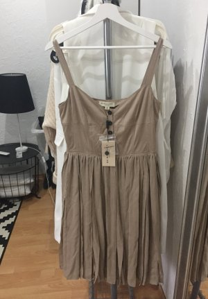 Burberry Kleid mit Knopfleiste und Plissee Rock NEU