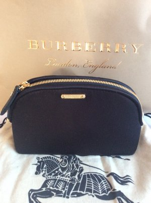 Burberry Luggage black